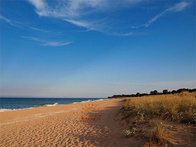Плажната ивица между Крапец и Дуранкулак е необятна